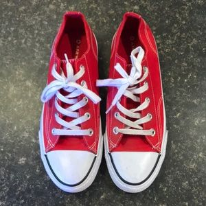 Airwalk red shoes